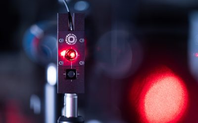 """Should I focus when measuring illumination power?"" Microscope experts questions"